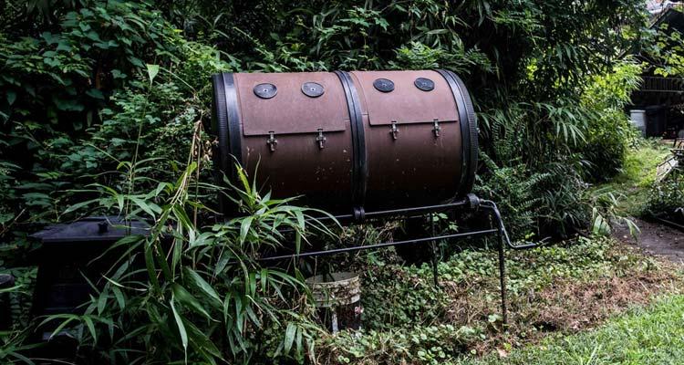 big compost tumbler